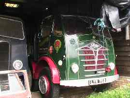 A Foden 4-axle lorry alongside an AEC Mammoth